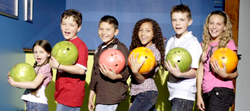 6-Kids-Bowling