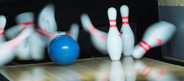 Blue-Ball-and-Pins
